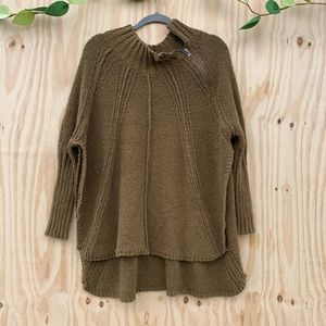 Free People Chunky Throw Over Knit Tunic Sweater.